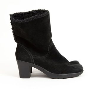 Clarks Bendables Black Suede Faux Fur Lined Boots